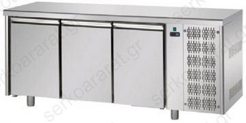 Ψυγείο πάγκος συντήρηση ή κατάψυξη απαραίτητο σε όλα τα καταστήματα υγειονομικού ενδιαφέροντος