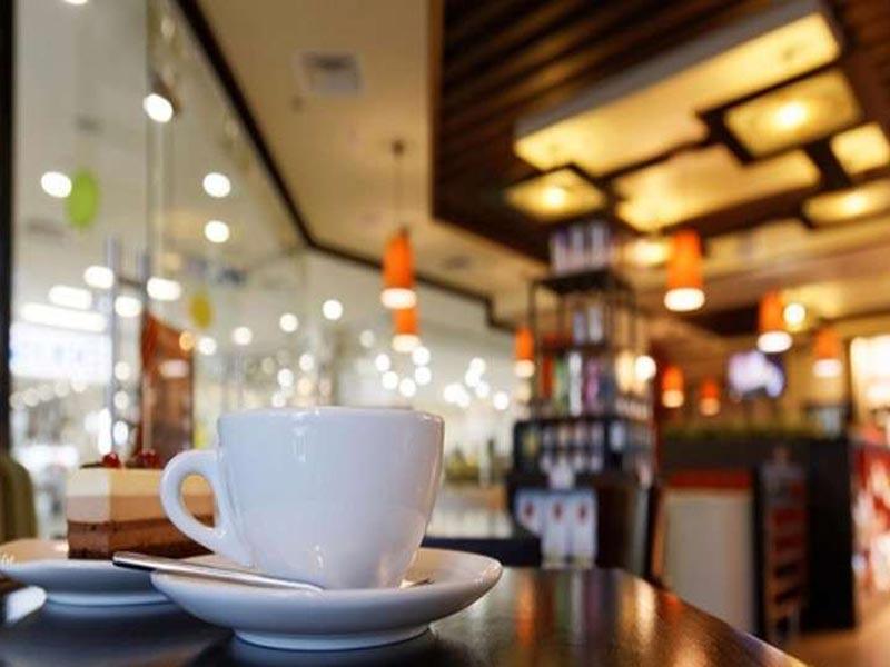 Έβρος: Πάνε στη Βουλγαρία για καφέ λόγω των απαγορεύσεων
